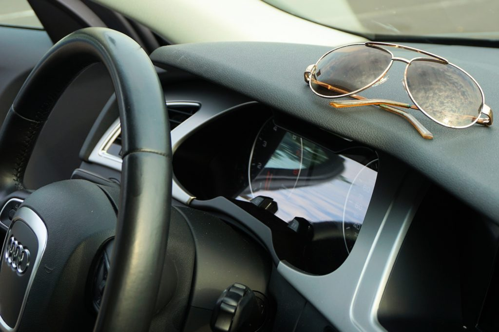wearing sunglasses while driving